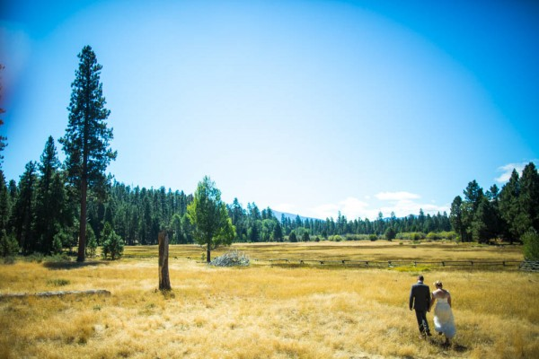 Colorful-Backyard-Wedding-in-Oregon (10 of 33)