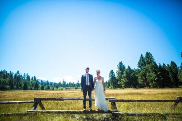 Colorful-Backyard-Wedding-in-Oregon (11 of 33)