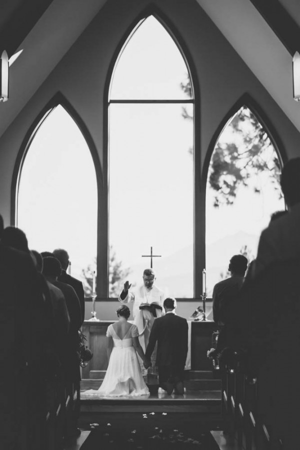 Colorful-Backyard-Wedding-in-Oregon (22 of 33)
