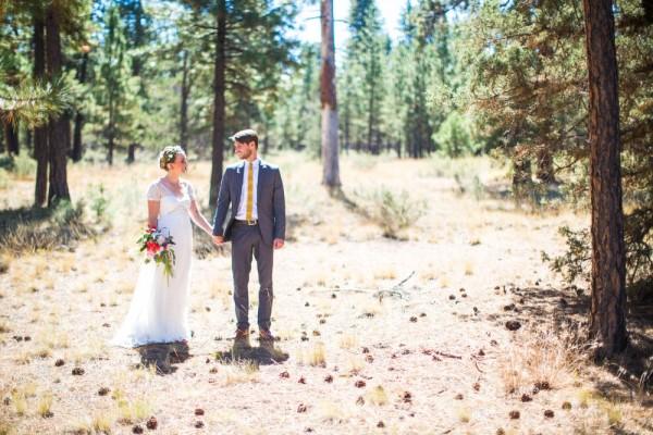 Colorful-Backyard-Wedding-in-Oregon (6 of 33)