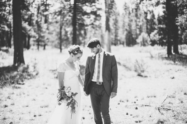 Colorful-Backyard-Wedding-in-Oregon (7 of 33)
