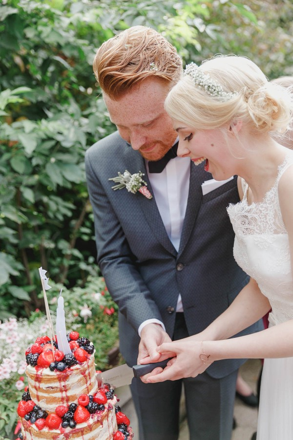 Delightful-German-Wedding-Red-Accents-Hanna-Witte-Photography (23 of 46)