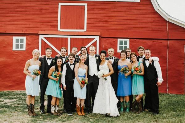 Lace-and-Burlap-Wedding-in-North-Dakota (10 of 33)