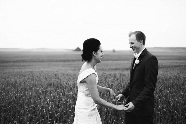 Lace-and-Burlap-Wedding-in-North-Dakota (13 of 33)