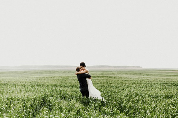 Lace-and-Burlap-Wedding-in-North-Dakota (22 of 33)