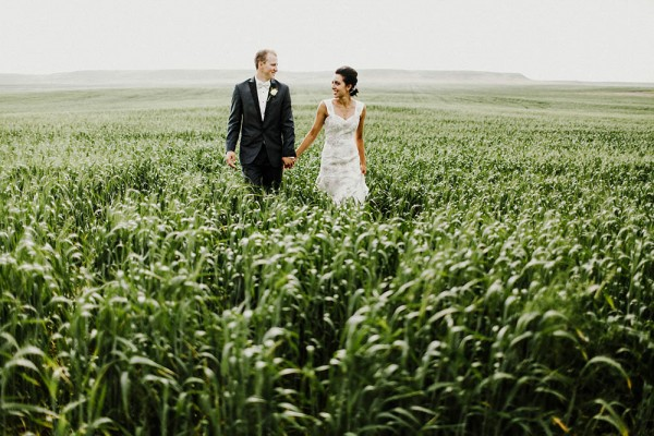 Lace-and-Burlap-Wedding-in-North-Dakota (23 of 33)