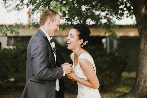 Lace-and-Burlap-Wedding-in-North-Dakota (3 of 33)