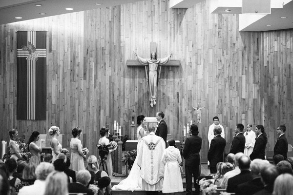 Lace-and-Burlap-Wedding-in-North-Dakota (6 of 33)