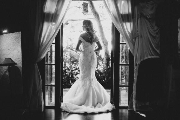 Romantic-Puerto-Rican-Wedding-Hacienda-Siesta-Alegre-Evan-Rich (10 of 47)