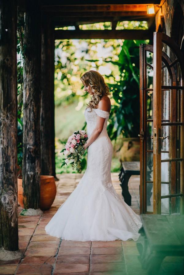 Romantic-Puerto-Rican-Wedding-Hacienda-Siesta-Alegre-Evan-Rich (14 of 47)