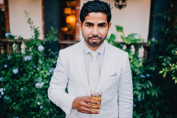 Romantic-Puerto-Rican-Wedding-Hacienda-Siesta-Alegre-Evan-Rich (24 of 47)