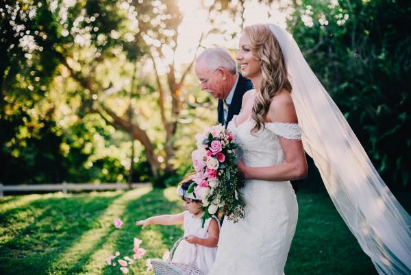 Romantic-Puerto-Rican-Wedding-Hacienda-Siesta-Alegre-Evan-Rich (28 of 47)