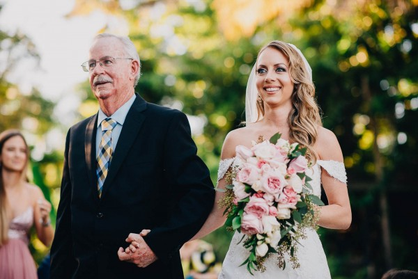 Romantic-Puerto-Rican-Wedding-Hacienda-Siesta-Alegre-Evan-Rich (37 of 47)