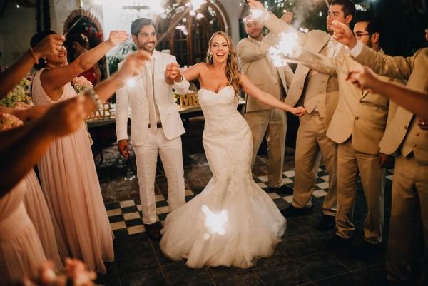 Romantic-Puerto-Rican-Wedding-Hacienda-Siesta-Alegre-Evan-Rich (4 of 47)