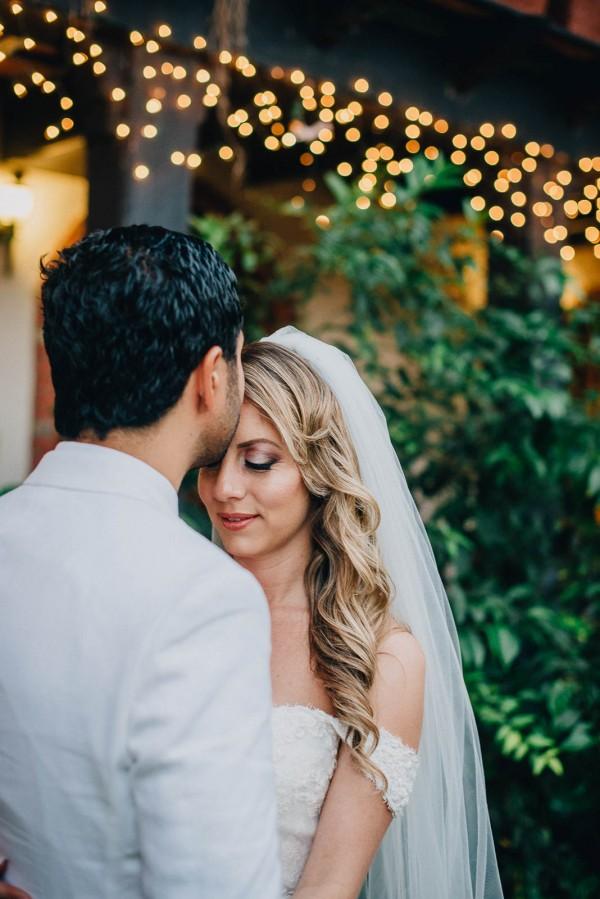 Romantic-Puerto-Rican-Wedding-Hacienda-Siesta-Alegre-Evan-Rich (43 of 47)