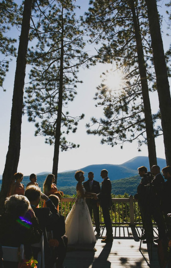 Rustic-Peach-Wedding-Onteora-Mountain-House-Ryan-Brenizer-Tatiana-Breslow (21 of 40)