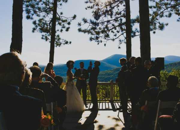 Rustic-Peach-Wedding-Onteora-Mountain-House-Ryan-Brenizer-Tatiana-Breslow (23 of 40)
