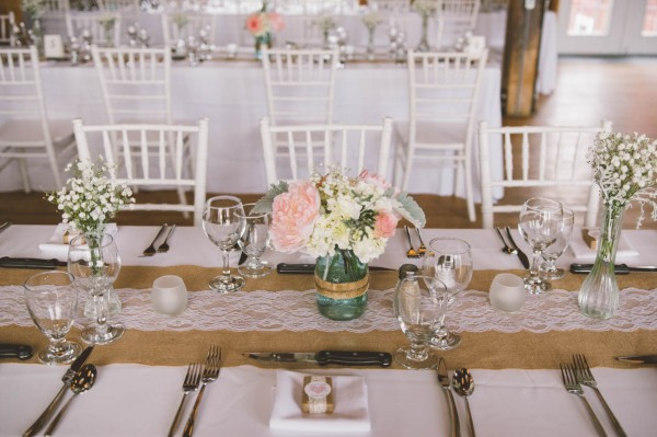 Sweet-Rustic-Wedding-Fields-West-Lake-Nikki-Mills (11 of 32)