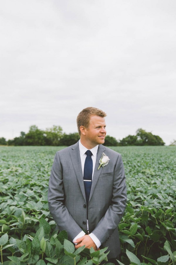 Sweet-Rustic-Wedding-Fields-West-Lake-Nikki-Mills (15 of 32)