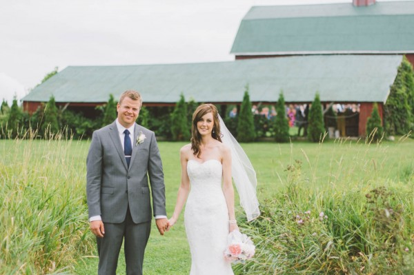 Sweet-Rustic-Wedding-Fields-West-Lake-Nikki-Mills (18 of 32)