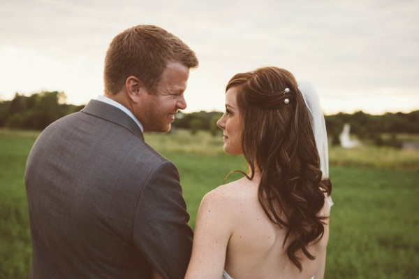 Sweet-Rustic-Wedding-Fields-West-Lake-Nikki-Mills (28 of 32)