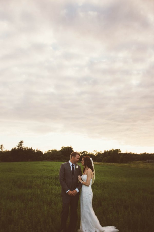 Sweet-Rustic-Wedding-Fields-West-Lake-Nikki-Mills (29 of 32)