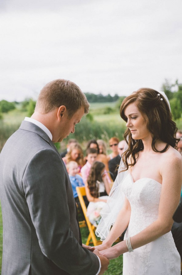 Sweet-Rustic-Wedding-Fields-West-Lake-Nikki-Mills (4 of 32)