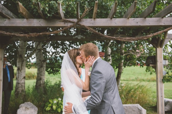 Sweet-Rustic-Wedding-Fields-West-Lake-Nikki-Mills (6 of 32)