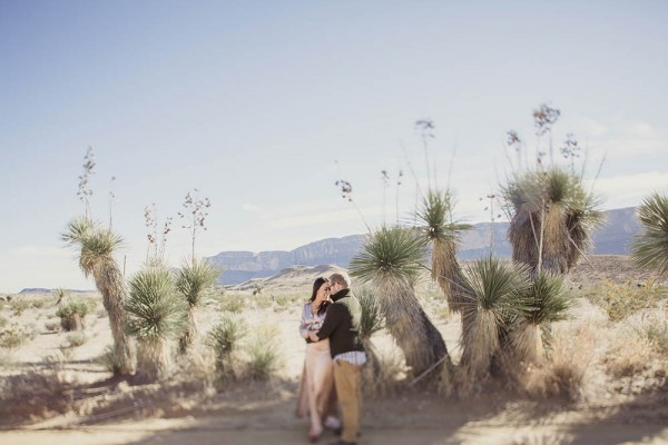 Desert-Engagement-Big-Bend-Shaun-Menary (11 of 25)