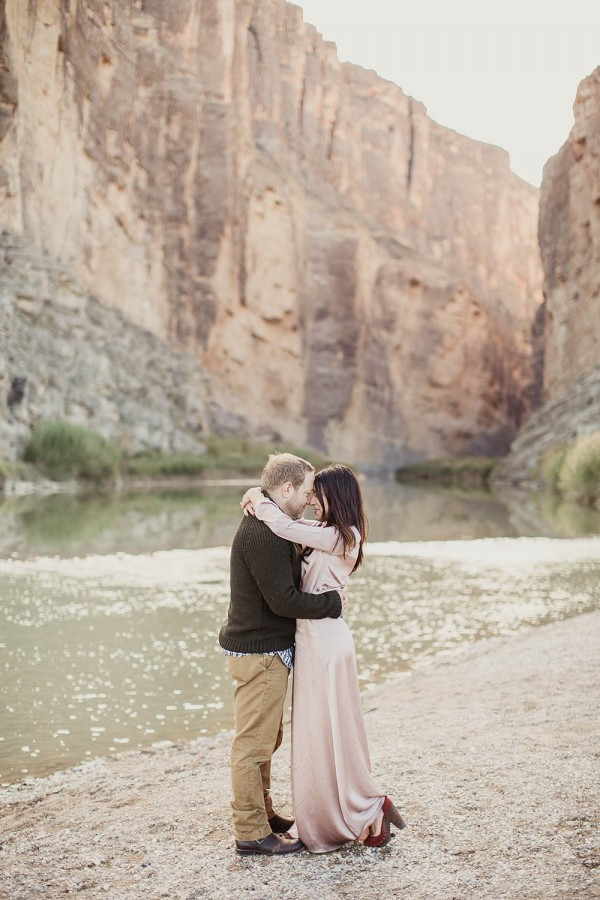 Desert-Engagement-Big-Bend-Shaun-Menary (16 of 25)