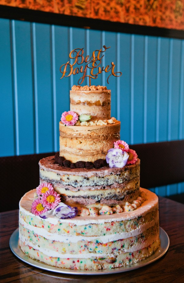 best wedding cakes in brooklyn ny eclectic wedding at acqua santa junebug weddings 11556