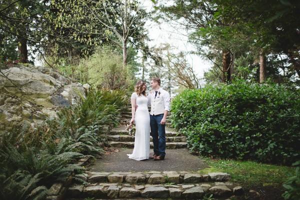 Enchanting-Elopement-at-Whytecliff-Park (17 of 29)