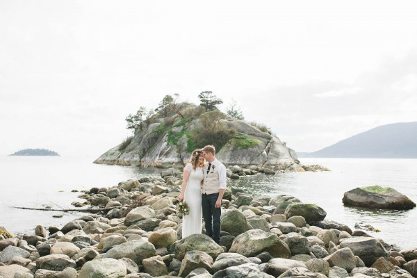 Enchanting-Elopement-at-Whytecliff-Park (25 of 29)
