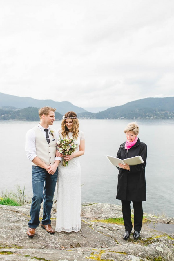 Enchanting-Elopement-at-Whytecliff-Park (9 of 29)