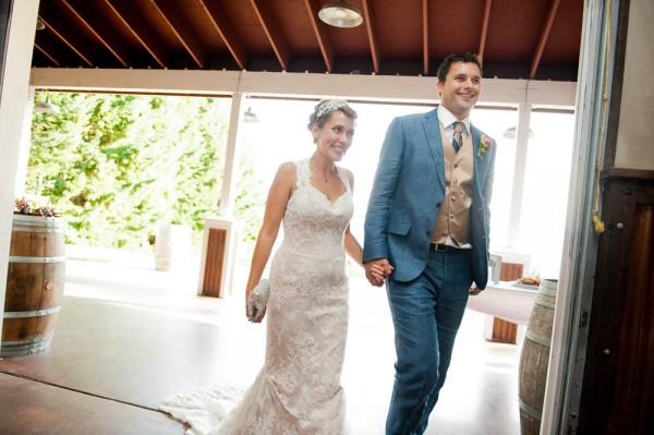 Farm-Inspired-Wedding-Gorge-Crest-Vineyards-MoscaStudio (13 of 25)