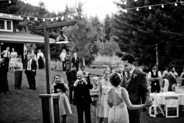 Farm-Inspired-Wedding-Gorge-Crest-Vineyards-MoscaStudio (22 of 25)
