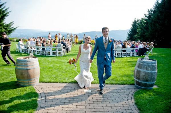 Farm-Inspired-Wedding-Gorge-Crest-Vineyards-MoscaStudio (9 of 25)
