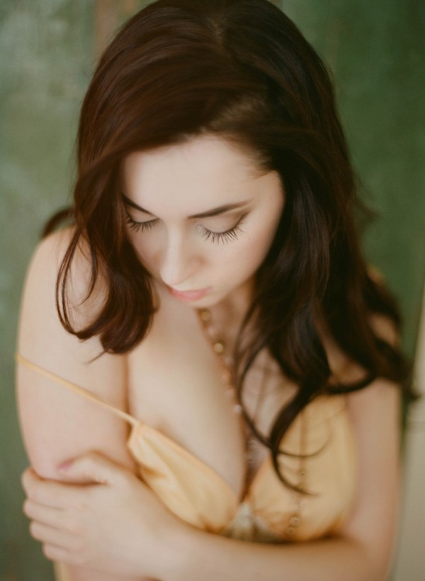 Pastel-Vintage-Boudoir-Session-Gabe-McClintock (12 of 21)