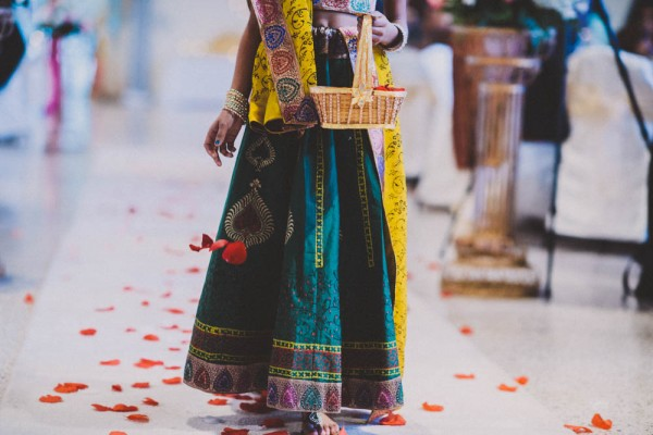 Vibrant-Indian-Wedding-Lake-Mirror-Complex-Gian-Carlo-Photography (9 of 33)