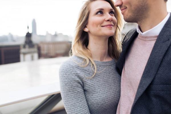 Adorable-Pastel-London-Engagement-Shoot-Miss-Gen-Photograghy (22 of 25)