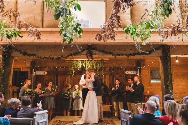 Beautifully-Natural-Indoor-Wedding-at-The-Woolshed (20 of 40)