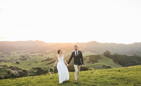 Beautifully-Natural-Indoor-Wedding-at-The-Woolshed (35 of 40)