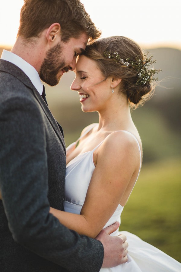 Beautifully-Natural-Indoor-Wedding-at-The-Woolshed (36 of 40)