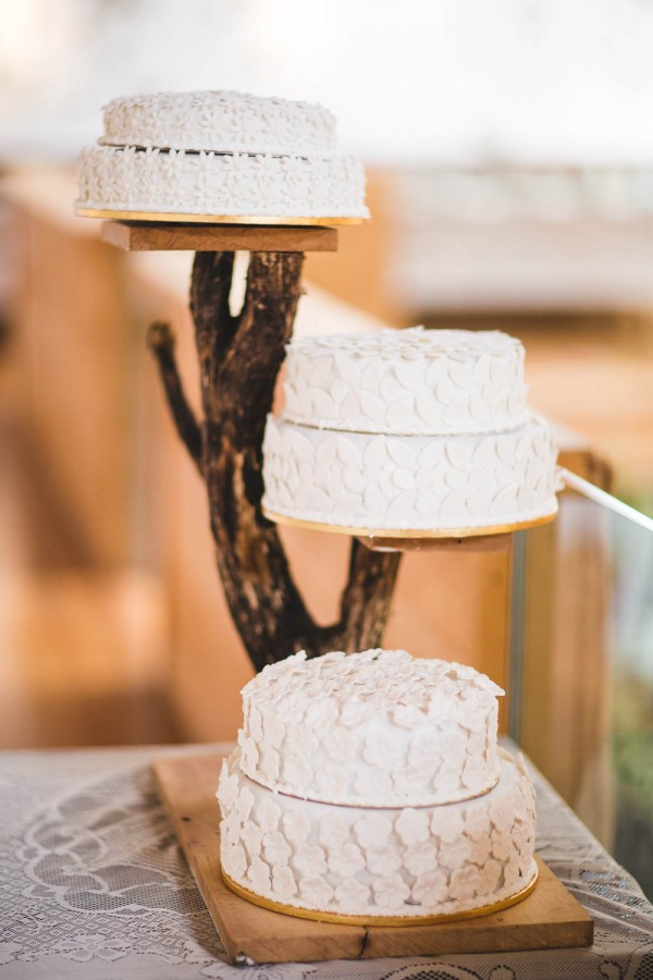 Beautifully-Natural-Indoor-Wedding-at-The-Woolshed (8 of 40)