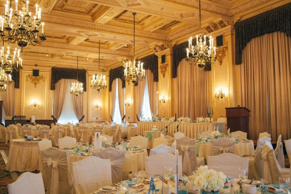 Blush-Turquoise-Wedding-Fort-Garry-Hotel-Modern-Pixel (20 of 28)