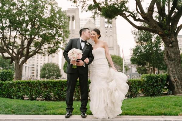 Classic-Ballroom-Wedding-at-the-Fairmont-San-Francisco (26 of 33)