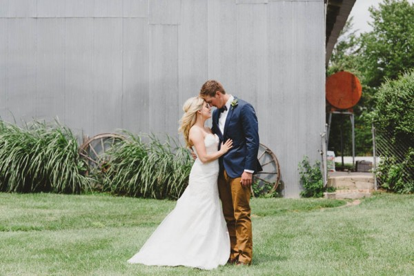 Classic-Rustic-Wedding-Country-Pines-Mae-Small-Photography (17 of 19)