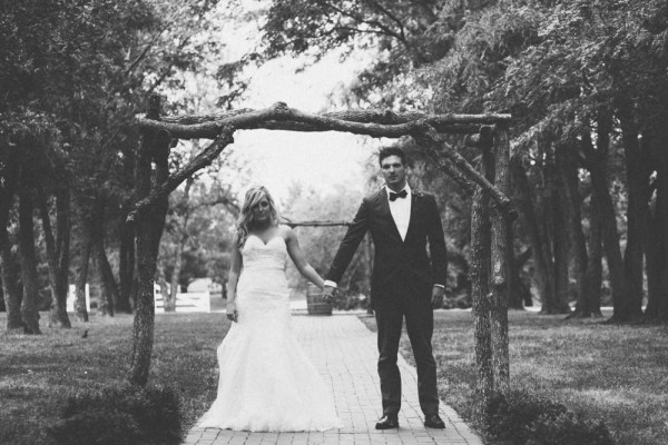 Classic-Rustic-Wedding-Country-Pines-Mae-Small-Photography (4 of 19)