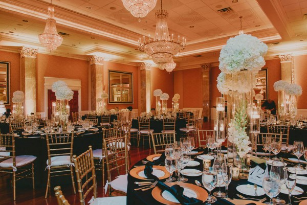 Black and White Wedding at the Coral Gables Country Club   Junebug ...