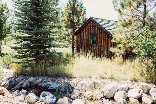 Lovely-Natural-Wedding-at-Spruce-Mountain-Ranch (1 of 40)